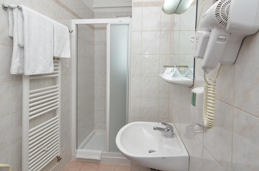 Kupaona hotel Neboder