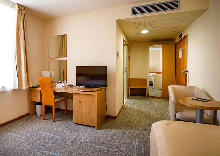 Standard jednokrevetna soba hotel Jadran