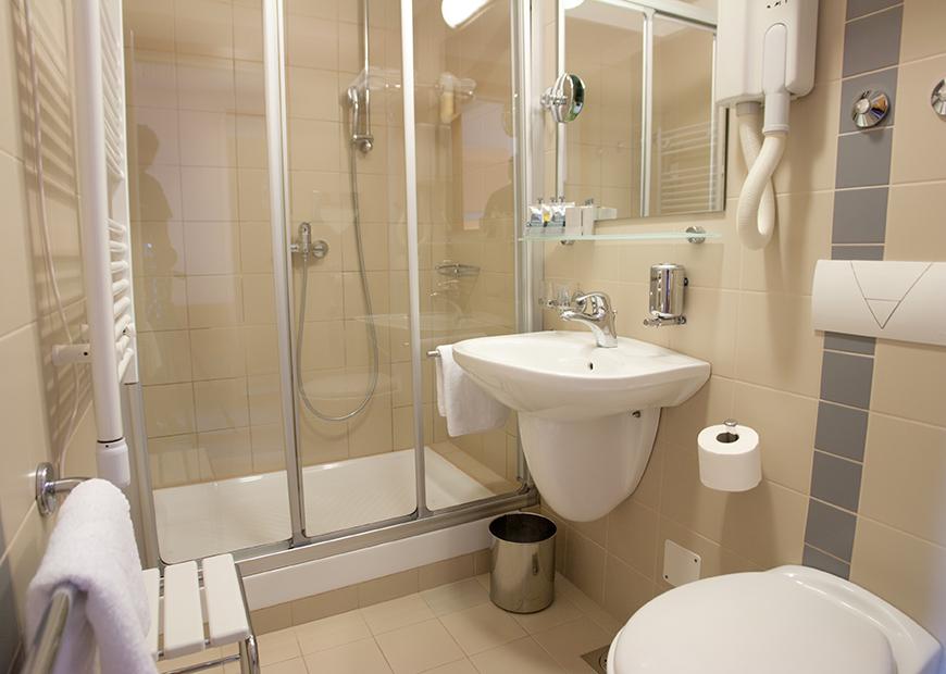 Kupaona hotel Jadran