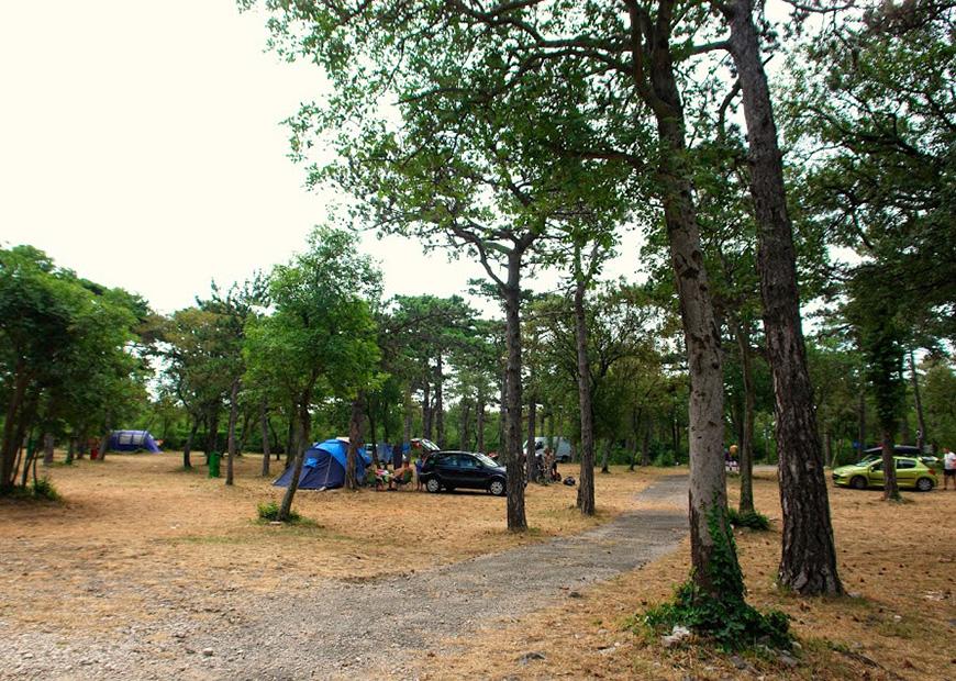 Kamping mjesto kamp Oštro
